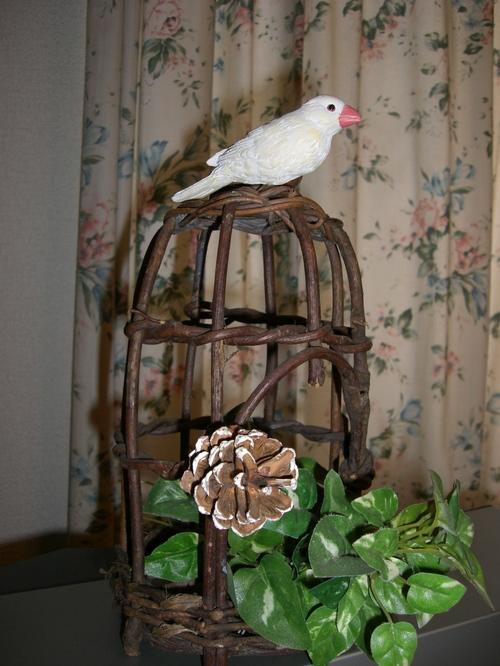 鳥かごと文鳥
