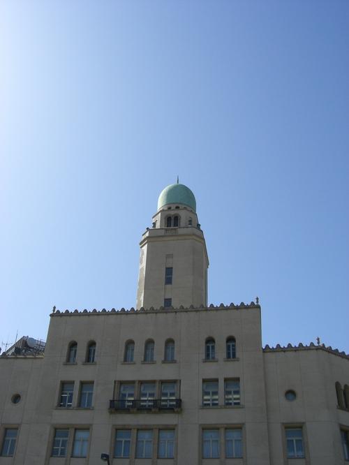 クイーン(横浜税関庁舎)